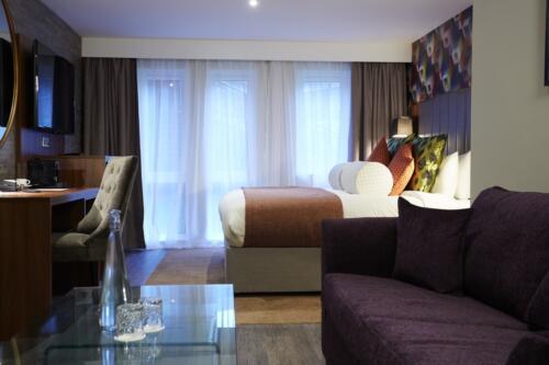 Suite (13)